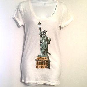 VS Pink Statue of Liberty, white tee